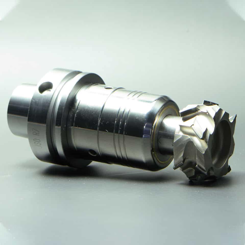 Diamant-Fuegeoberfraeser-montiert-im-Hydrospannfutter-HSK-63-F